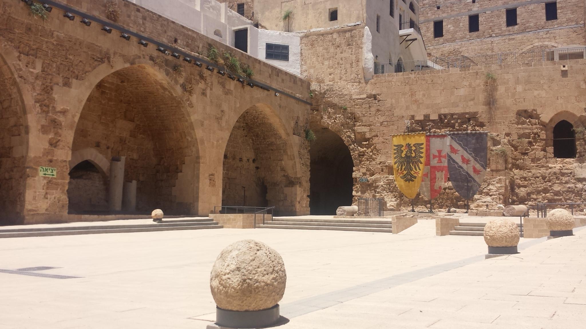 Interior da cidadela dos Cruzados, Akko, Israel