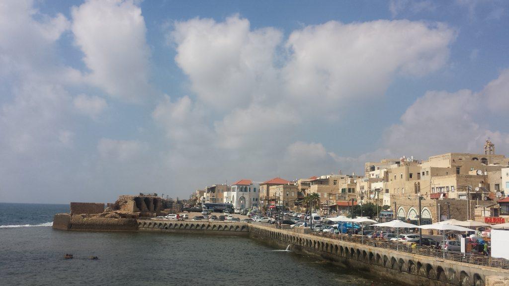 Vista das Muralhas de Akko, (antiga Acre, norte de Israel).