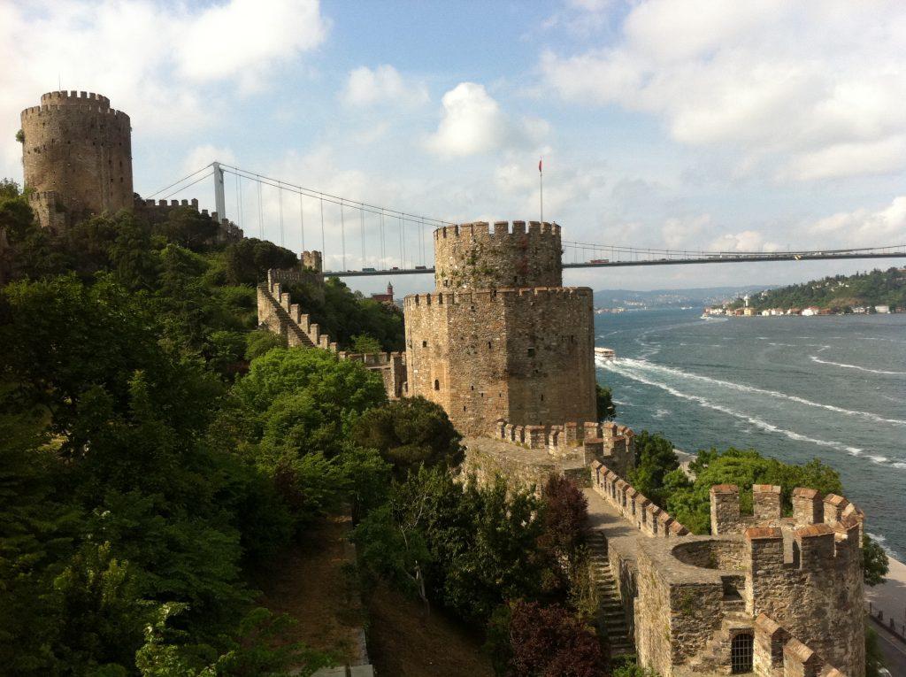 Rumeli Hisar ou Fortaleza da Europa constrúida por Mehmet II