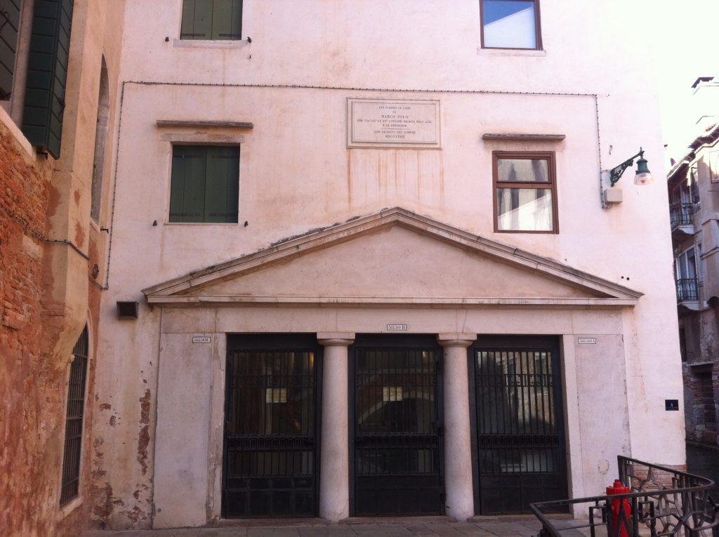 Placa indicativa do local da casa de Marco Polo em Veneza